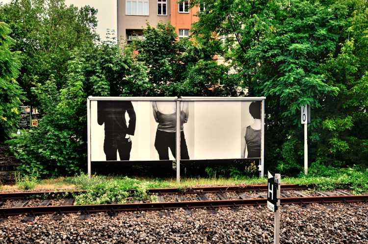 Michael Schmidt: »Frauen«, Plakatwände während der Berlin Biennale, Foto © Friedhelm Denkeler 2010