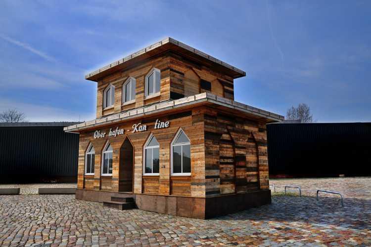 »Hamburger Oberhafen-Kantine auf dem Gelände des Hamburger Bahnhofs«, Foto © Friedhelm Denkeler 2011
