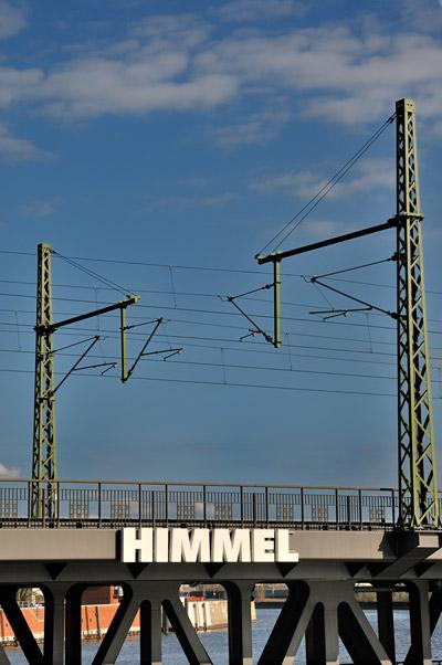 """""""Der Himmel über den Deichtorhallen"""", Foto © Friedhelm Denkeler 2011"""