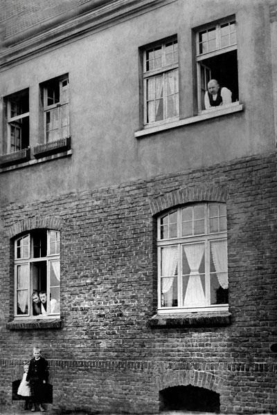 """Großeltern in Lüttgen-Dortmund"", Archiv © Friedhelm Denkeler 1926"