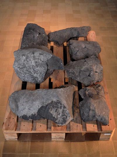 """""""Palette mit Fragmenten aus Tell Halaf"""", Foto © Friedhelm Denkeler 2011"""