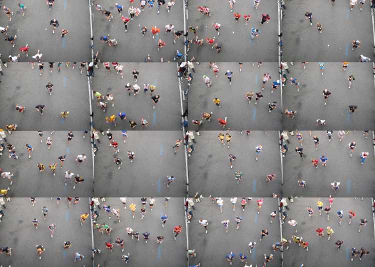 Portfolio »Marathon« (Collage), Berlin, Bild 1 von 3, Fotos/ Collage © Friedhelm Denkeler 2002