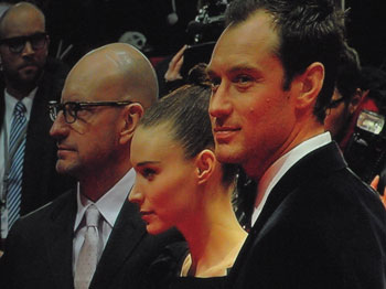 """""""Steven Soderbergh, Rooney Mara, Jude Law auf dem Roten Teppich """",  Foto © Friedhelm Denkeler  2013"""