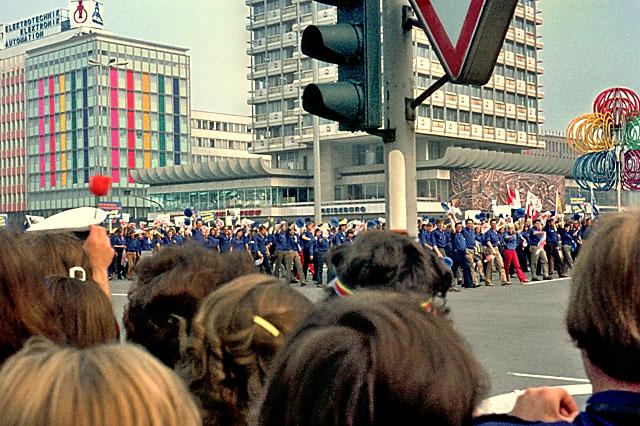 """Blaue Hemden"", Foto © Friedhelm Denkeler 1973"