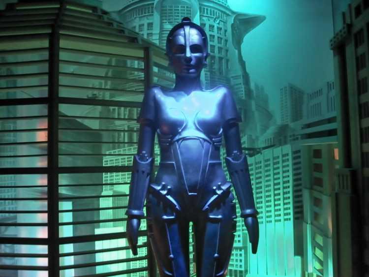 »Metropolis«, aus dem Portfolio »Sonntagsbilder«, Foto © Friedhelm Denkeler 2003