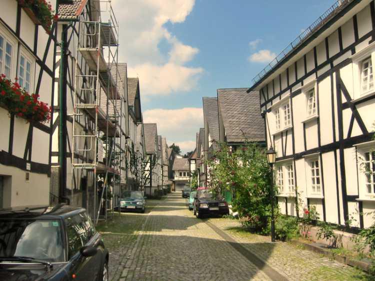 »Der Alte Flecken«, Historischer Stadtkern in Freudenberg, Siegerland), Foto © Friedhelm Denkeler 2004