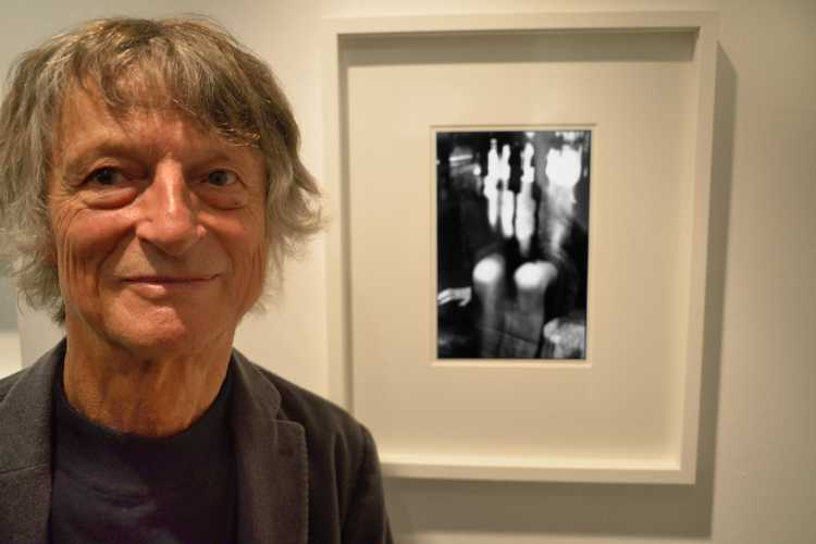 »Manfred Paul mit der Arbeit »Im Restaurant«, 1986, Collection Regard, Berlin, Friedhelm Denkeler 2015