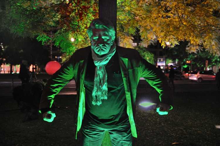 "»Herr Hulk«"", ein (H)ulk am Leipziger Platz, Berlin, Foto © Friedhelm Denkeler 2013"