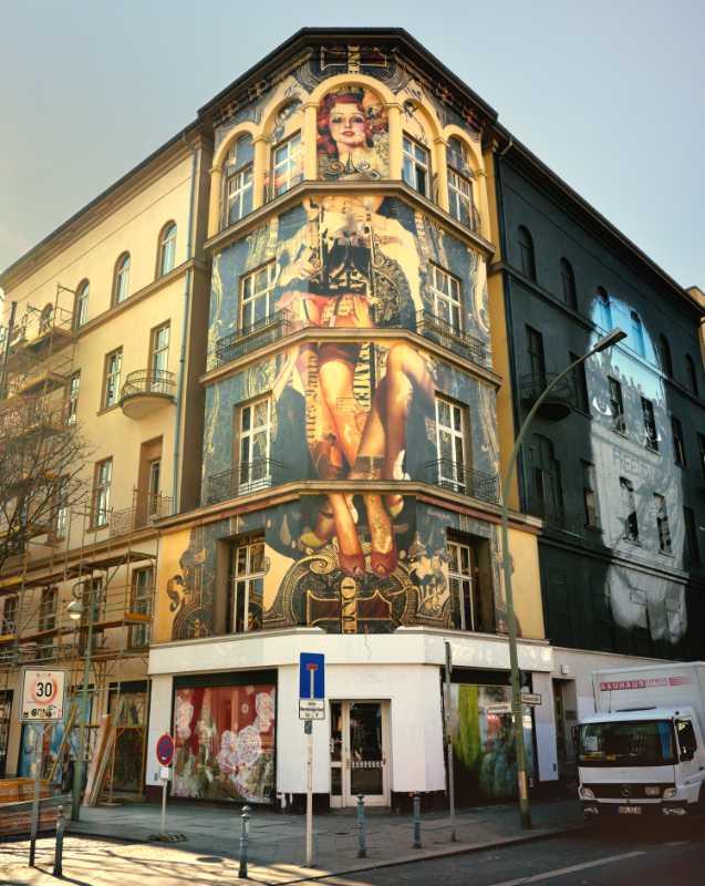 »Die Rothaarige von der Bülowstraße 7«, Künstler: Handiedan, Berlin, Foto © Friedhelm Denkeler 2015