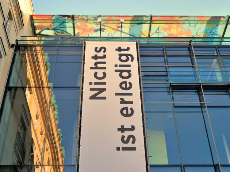 »Nichts ist erledigt», Akademie der Künste, Pariser Platz, Berlin, Foto © Friedhelm Denkeler 2011