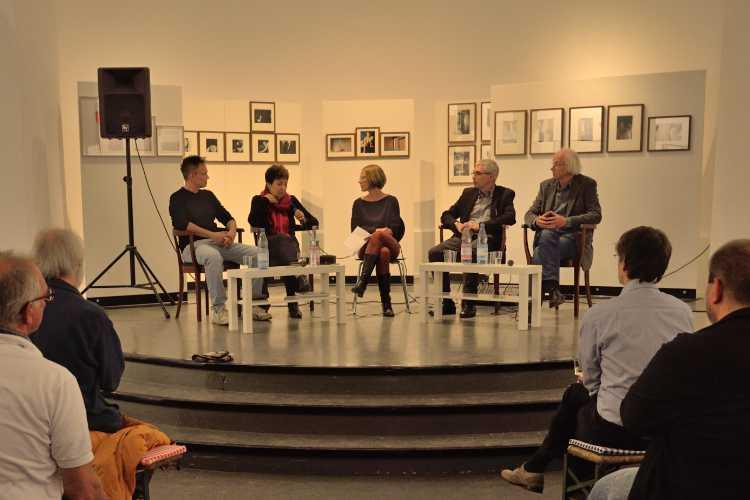 Podiumsdiskussion zur Geschichte der Werkstatt für Photographie und zur Zukunft der fotografischen Ausbildung an der Volkshochschule