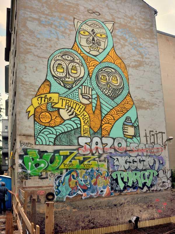 »The Truth Machine von SuperBlast«, Torstraße, Berlin-Mitte, Foto © Friedhelm Denkeler 2016