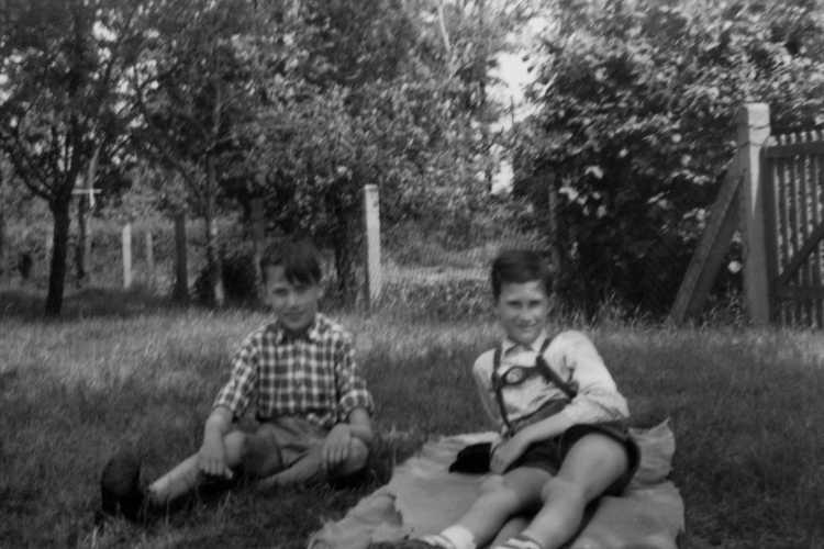 »Der erste Frühlingstag«, aus dem Portfolio »Erinnerungen – Ein Leben in Bildern«, Kapitel »Jugend in Westfalen 1957 bis 1966«, © Archiv Friedhelm Denkeler 1957