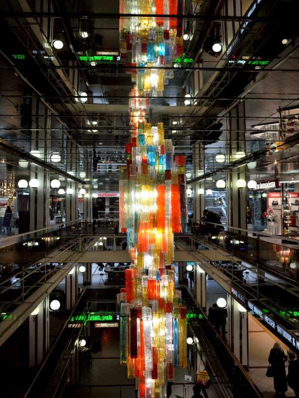 »Es werde Licht!«, Licht-Skulptur im Europa-Center, Berlin, Berlin, Foto © Friedhelm Denkeler 2018