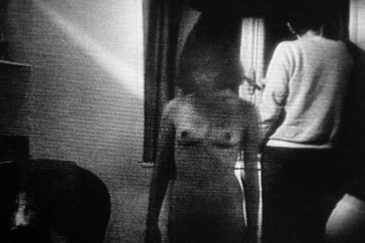 »Pomme, die Wäscherin«, aus »Episoden«, Film »Die Spitzenklöpplerin« (1977), von Claude Goretta mit Isabelle Huppert, Foto © Friedhelm Denkeler 1984