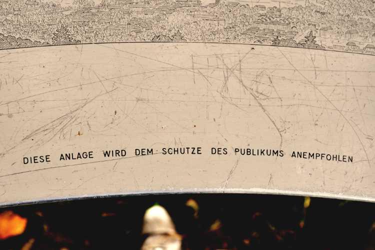 »Diese Anlage wird dem Schutze des Publikums anempfohlen«, gefunden in Bern, Foto © Friedhelm Denkeler 2010