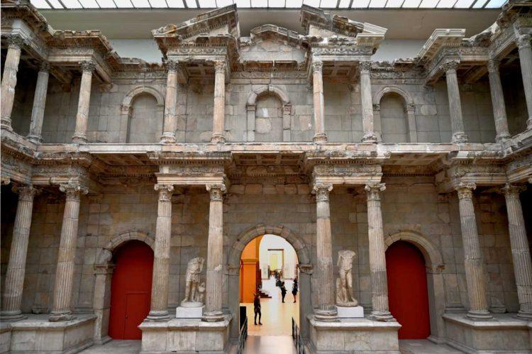 »Das Markttor von Milet», Mamor, römische Kaiserzeit, um 100 n. Chr., Foto © Friedhelm Denkeler 2021